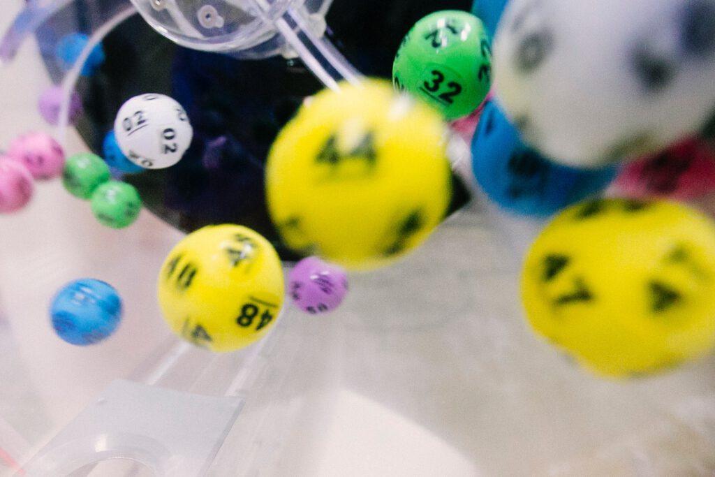 Si te toca la lotería, invierte en fondos de inversión